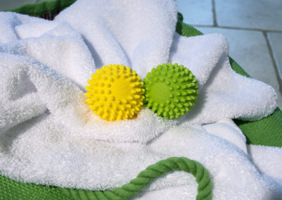 Gallery Mrs Greens Dryer Balls 009